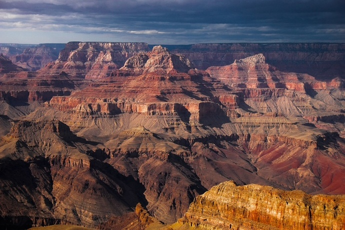 http://www.travelwest.net/files/large/the-grand-canyon.jpg